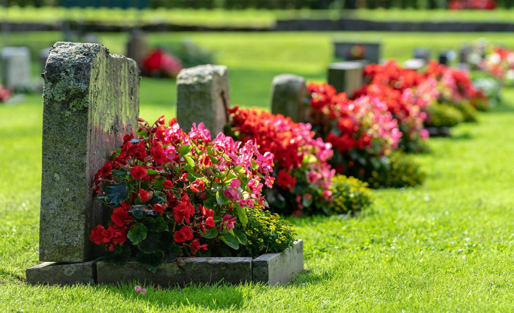 dekorácie na hrob trenčín