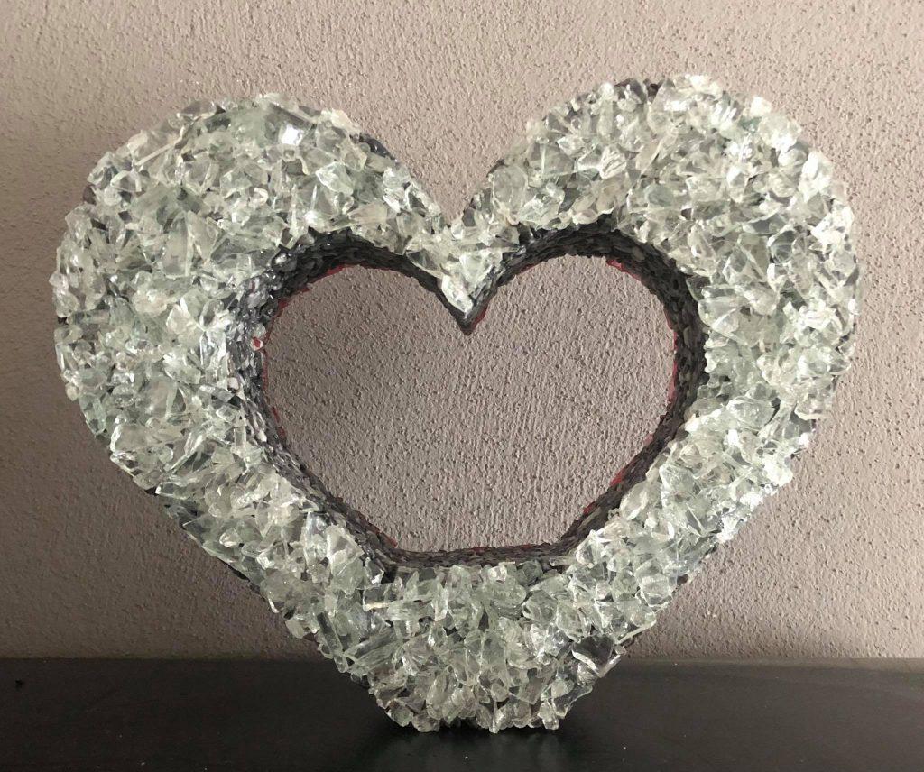 dekorácia na hrob srdce biele