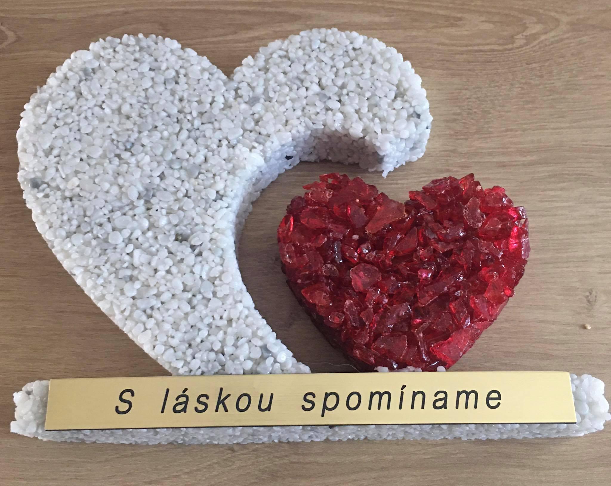 dekorácia na hrob srdce s gravírovanímm