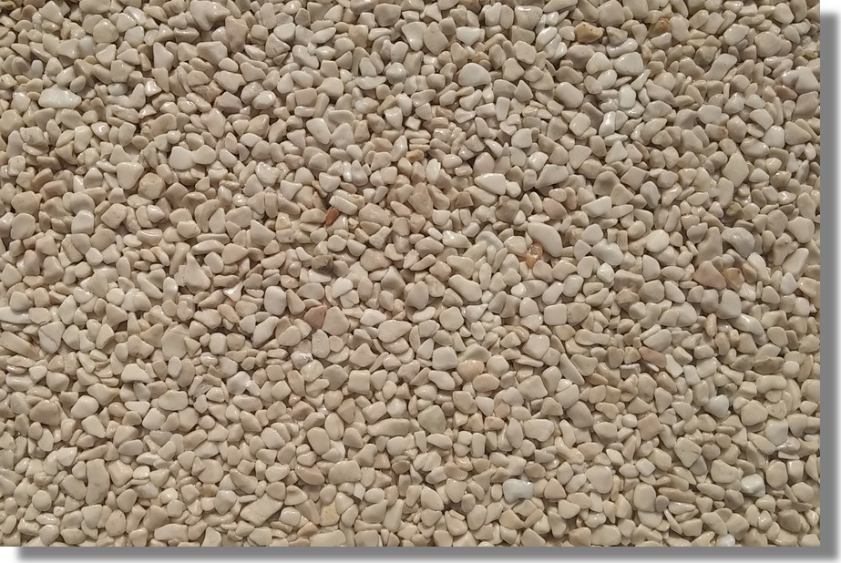 kamenný koberec béžový